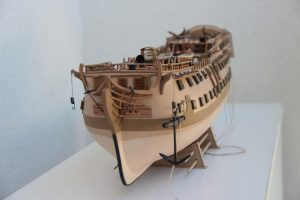 Żaglowiec HMS Bellona
