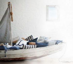 56e81a0edaddc4526febf09768cb2c77--boat-beds--beds