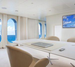 Motor yacht IDOL- Office