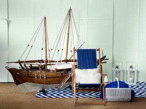 decoration-ideas-attractive-accessories-for-coastal-kid-bedroom-decoration-using-nautical-themed-home-decor-including-large-wooden-boat-bedroom-decor-and-blue-zigzag-pattern-bedroom-rug-and-carpet-com-948x709