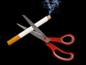 smoking-2369203_640