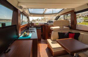 motor-yacht-638392_960_720