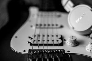 guitar-4874316_960_720